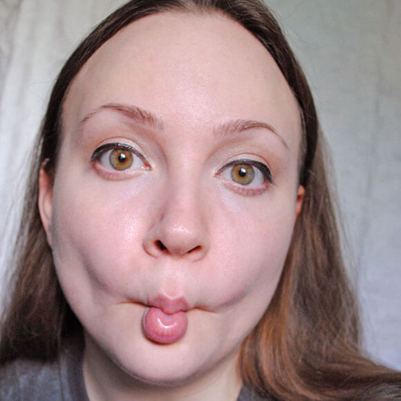 facial-yoga-fishface