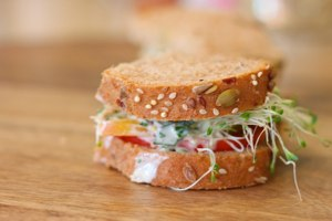heirloom tomato sandwich recipe for when you've got too many tomatoes
