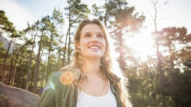 Forest bathing is a health trend that's here to stay! Unwind, connect with nature and improve health with the science proven benefits of forest bathing.