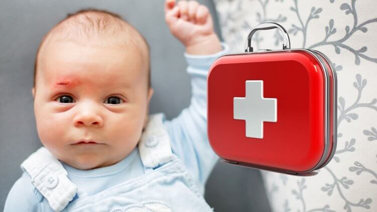 If you have little ones, having an easy-to-find, well-stocked baby first aid kit is absolutely necessary in case of an accident, illness, or even just to treat diaper rash. But most conventional first aid kits don't have everything you need. Use this checklist to find out what natural treatments you need and why.