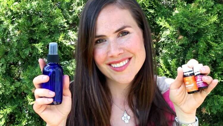 DIY All Natural outdoor spray Mama Natural