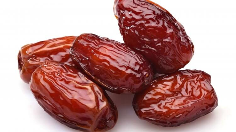 Dates During Pregnancy Do They Really Ease Labor article by Mama Natural