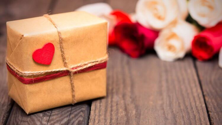 Natural Gift Ideas For That Special Crunchy Someone In