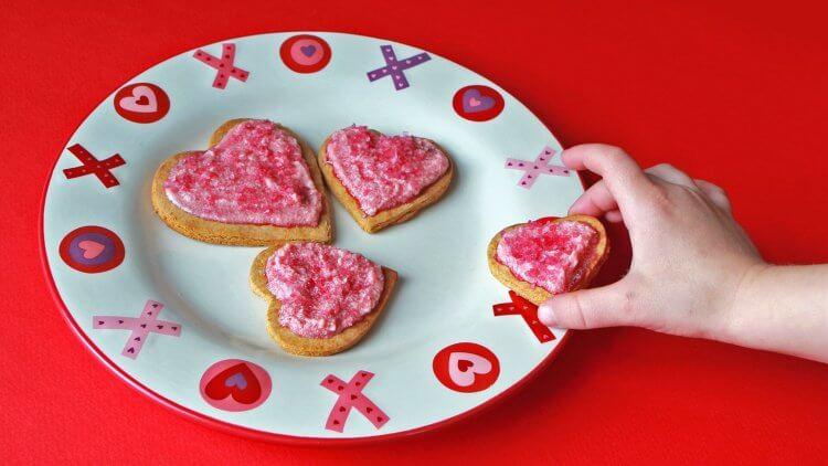 Valentines Cookie Recipe - Paleo Grain-free Gluten-free GAPS-friendly by Mama Natural