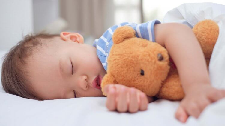 When do Kids Stop Napping parenting post by Mama Natural