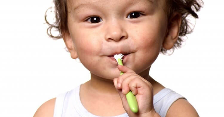 Hooray—baby has a tooth! But now you're probably wondering when to start brushing baby's teeth. So we're giving you the scoop on baby dental care. Find out when you need to brush baby teeth, how to brush baby teeth, and the best natural ways to prevent cavities.