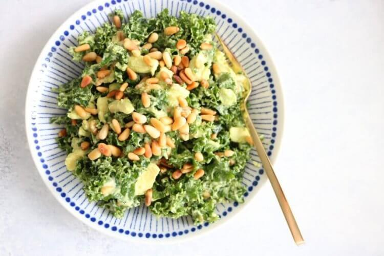 lemon and avocado kale salad by The Toasted Pinenut